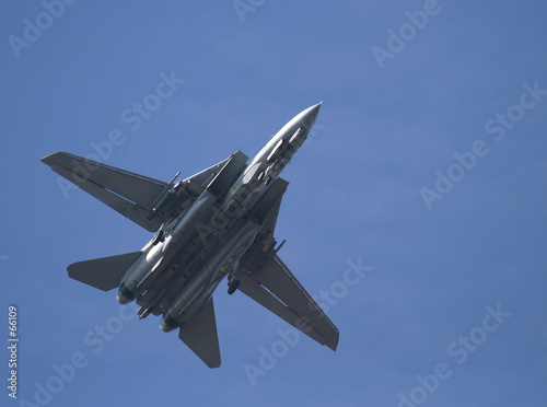 Photo underside of f-14 tomcat
