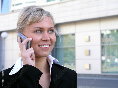 Valokuva  businesswoman using a mobile phone