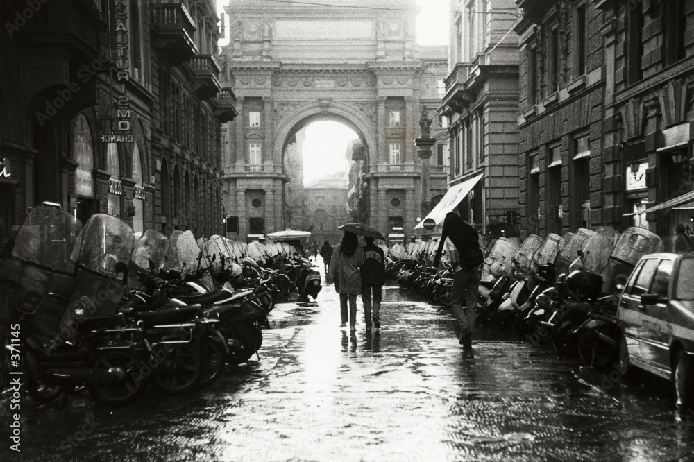 Firenze street rain italy <span>plik: #371145 | autor: RS</span>