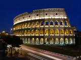 kolloseum in rom mit verkehr