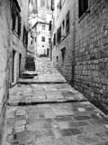 Fototapeta Na drzwi - old street