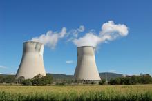 Centrale Nucléaire Dans La Dr...