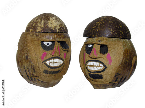 Photo  coconut carvings