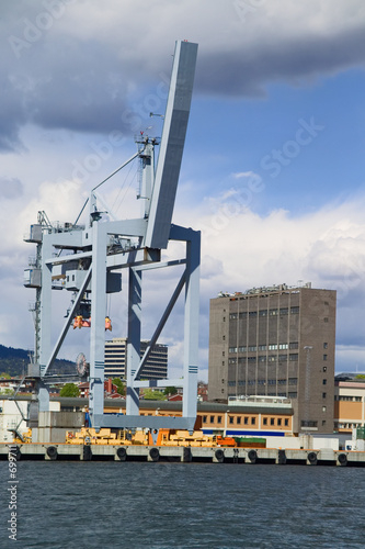 container lifting gear © Douglas Freer