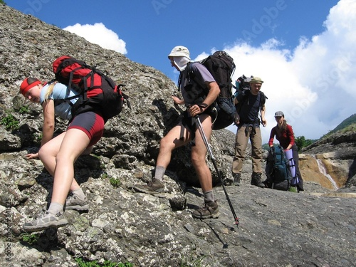 Foto-Rollo - four climbers on the stone (von Galyna Andrushko)