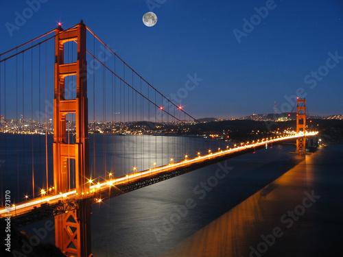 Photo  golden gate bridge with moon light
