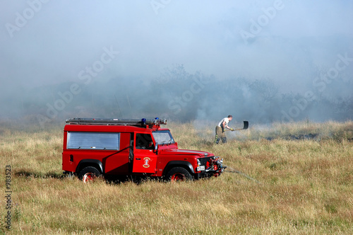 Photo  fire tender