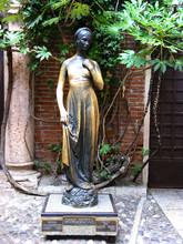 Statue Der Julia In Veriona