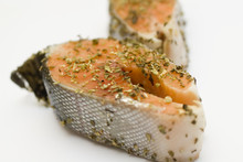 Salmon In Herbs Marinade Prepa...