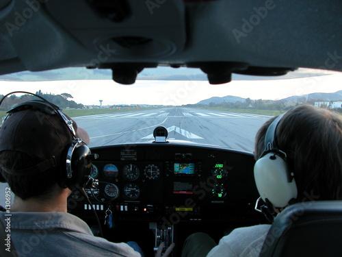 Valokuva  avion dans le cockpit pret au decollage