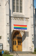 Church Welcoming Gay To The Co...