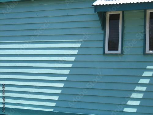 Fényképezés blue weatherboard shadow
