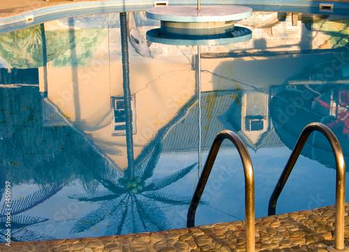 Fényképezés  repulse in a pool