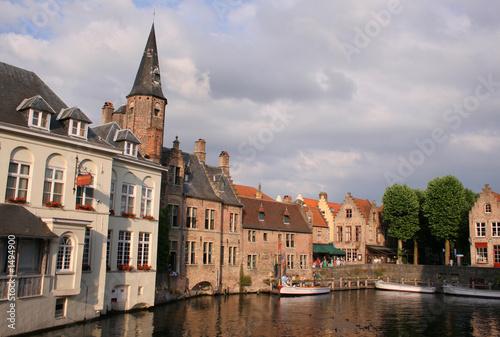 In de dag Brugge summer evening in bruges