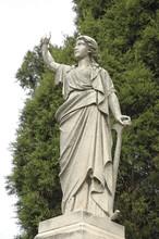 Monument29