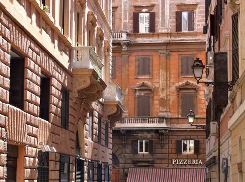 rzymskie-budynki-miejskie