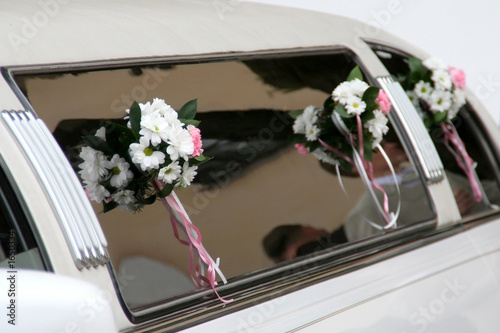 Fototapety, obrazy: decorated limousine
