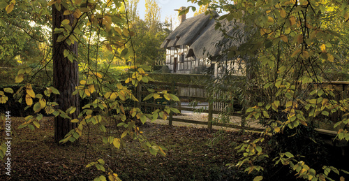 Photo  anne hathaways cottage home of wife of william sha