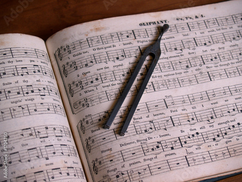 Valokuva  shaped note hymnal with tuning fork