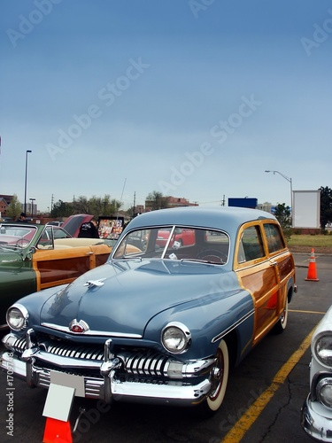 Wall Murals Old cars classic american woody wagon car
