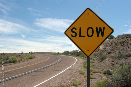 Photo slow road sign