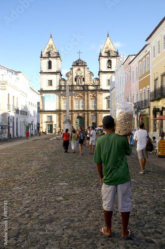 Montage in der Fensternische Brasilien nut seller brazil