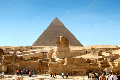 Tuinposter Egypte sphinx and pyramid - egypt