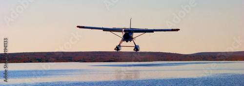 Valokuva  float plane landing