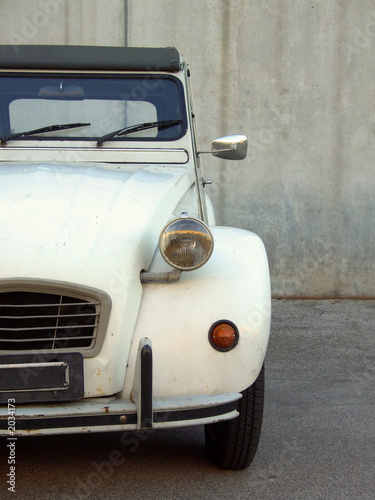 Photo  beige citroen 2cv