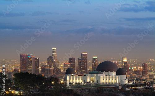 Foto-Flächenvorhang - observatory at dusk and la skyline (von Brad Fraunfelter)