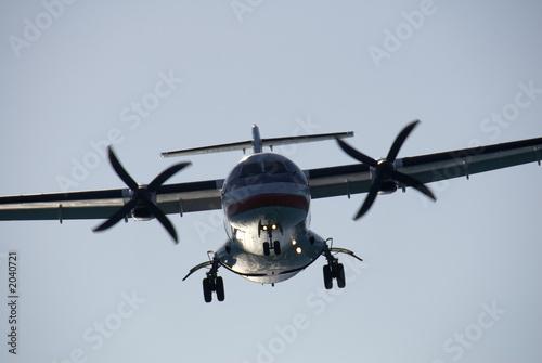 Fotografie, Obraz  turboprop landing 1
