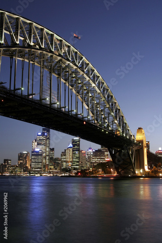 Staande foto Sydney sydney harbour bridge at night