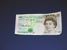 British Five Pound Note