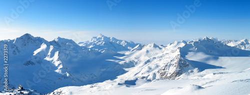 Fotobehang Wintersporten panoramic view of the mountains