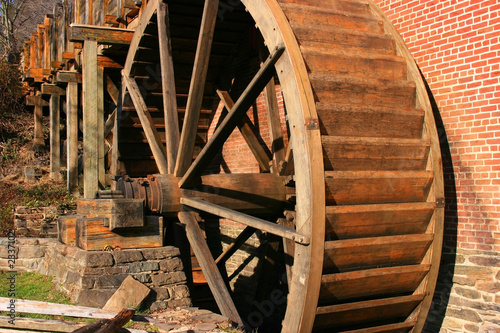 Photo  old colvin run mill in virginia