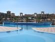 piscine au bord d'un hotel en egypte