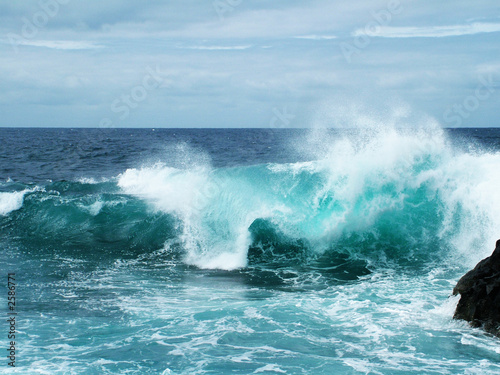 Printed kitchen splashbacks Water rough sea