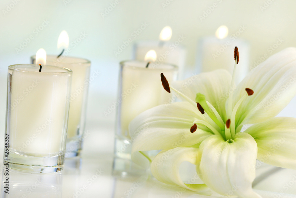 Fototapeta lily flower with candle