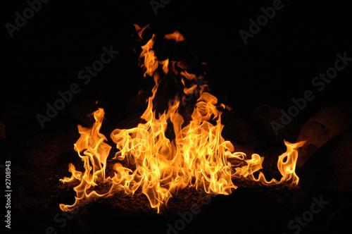 Fotobehang Vuur campfire wth billowing flames