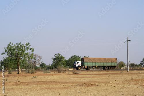 Staande foto Afrika transport routier