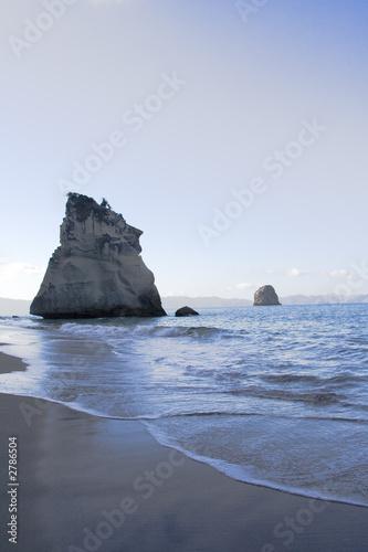 Foto op Canvas Cathedral Cove coromandel cove rocks