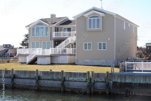 Canvas Print waterfront property