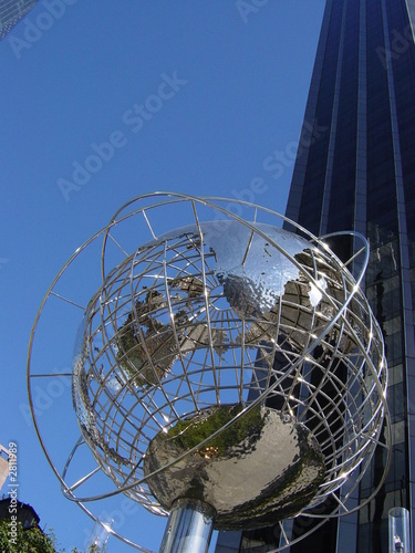 Photo  globe à colombus circle