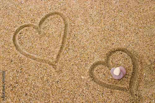 Photo sur Plexiglas Zen pierres a sable couple de coeurs