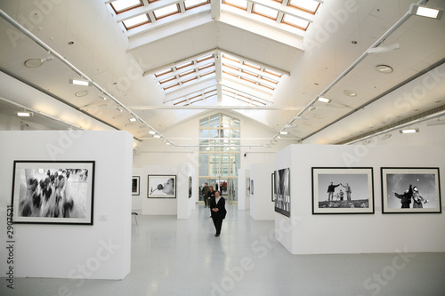 Tela photo exhibition