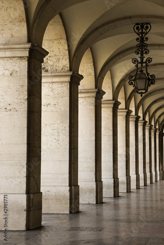 Canvas-taulu Colonnade in Lisbon, Portugal.