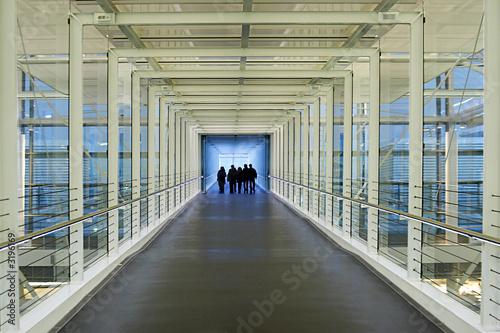 Valokuva  airport skywalk