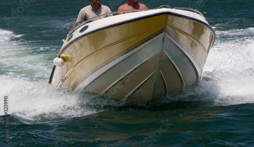 Poster Nautique motorise speeding motorboat