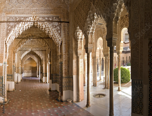 Fotografiet  hall in alhambra