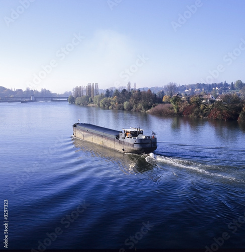 Photo barge river